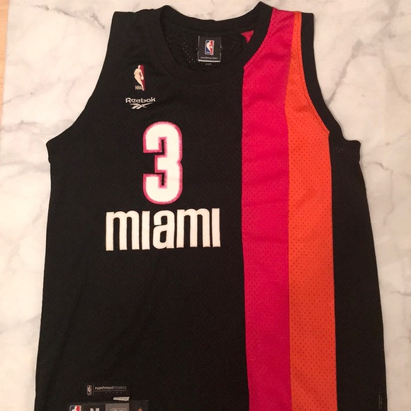 official photos 7111a 06cf8 Vintage NBA Wade 3 Miami Heat Jersey